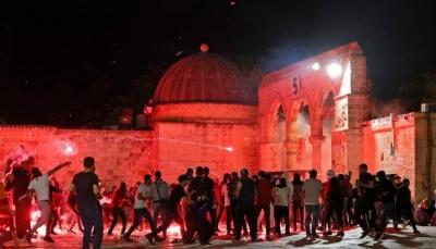 """عباس يطالب بجلسة لمجلس الأمن لبحث الاعتداءات الإسرائيلية بالقدس وهنية ما يحدث """"انتفاضة وثورة"""""""