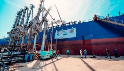 عدن.. وصول أكثر من 77 ألف طن من الوقود لتشغيل محطات الكهرباء