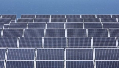 الصين تُجبر الأقليّة المسلمة على العمل في إنتاج ألواح الطاقة الشمسية