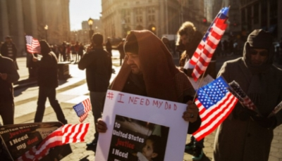 بعضهم خسر كل أمواله.. يمنيون يكافحون للحصول على تأشيرات للولايات المتحدة بعد انتهاء حظر السفر