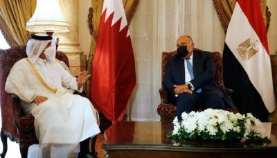 """""""حمل رسالة من الرئيس السيسي"""".. وزير الخارجية المصري يزور قطر لأول مرة منذ 8 سنوات"""