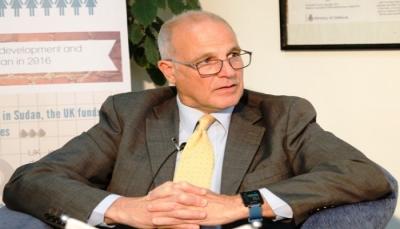 """السفير البريطاني: قضية تعز """"مهمة"""" وسأشرح الوضع للمبعوث الأممي الجديد"""