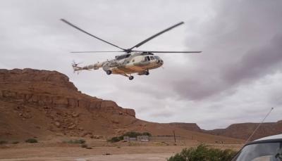 """الطيران ينفذ عمليات إجلاء لمواطنين حاصرتهم السيول في """"سيئون"""""""