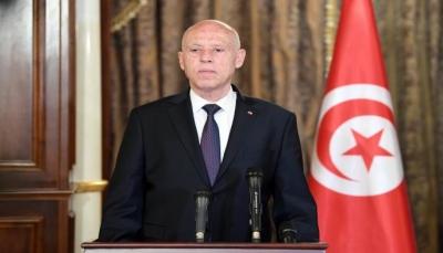 بعد تجميد البرلمان وعزل الحكومة.. الرئيس التونسي يتجه لتغيير النظام السياسي