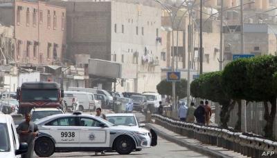 """كويتية تدهس شرطيتين عمدا في """"شارع الحب"""""""