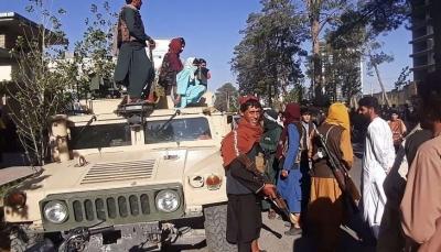الرئيس اشرف غني يغادر أفغانستان.. طالبان تطلب من مسلحيها دخول العاصمة كابل