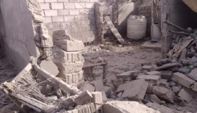 الحديدة.. تدمير منزل مواطن بقصف حوثي في حيس