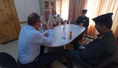 مدير شرطة تعز يبحث مع مسؤول أممي الترتيبات الأمنية لافتتاح مكتب للأمن والسلامة