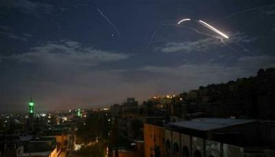 سوريا.. الاحتلال الإسرائيلي يقصف مواقع في محيط دمشق عبر أجواء لبنان