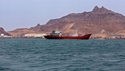 كيف خلقت تجارة النفط ثراء فاحشًا لقيادات الحوثيين خلال فترة الحرب؟