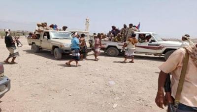 إثر اشتباكات مسلحة على نقطة جباية.. مقتل اثنين من سائقي الشاحنات في لحج