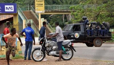 """الانقلابيون في غينيا يعلنون """"القبض"""" على الرئيس و""""حل"""" المؤسسات"""