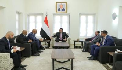 رئيس الوزراء: هجوم الحوثي الإرهابي على ميناء المخا امتداد لتدميرها الممنهج للبنية التحتية