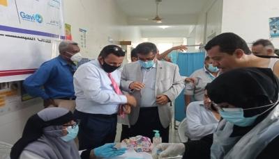 وزارة الصحة تطلق حملة التحصين ضد فيروس كورونا