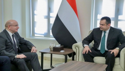 رئيس الوزراء يبحث مع السفير التركي علاقات التعاون وآفاق تطويرها