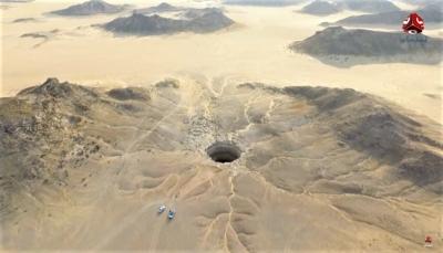 """تدور حوله أساطير.. فريق عُماني يستكشف لغز """"بئر برهوت"""" في المهرة (صور +فيديو)"""