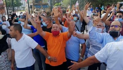 تونس.. استقالات تهز حركة النهضة وتحذيرات من احتكار الرئيس جميع السلطات