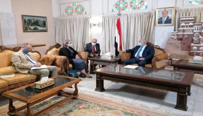 """مباحثات """"يمنية أمريكية"""" بشأن وضع """"صافر"""" والتدابير الدولية للتعامل مع المخاطر المحتملة"""