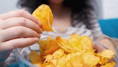 تعرف على الأغذية والمشروبات التي تدمر صحتك