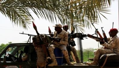 السودان.. قائد الجيش يعلن حالة الطوارئ ويحل مجلسي السيادة والوزراء