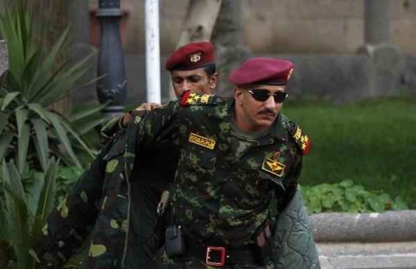 """مصدر لـ""""يمن شباب نت"""": مرور عناصر تابعة لما كان يُعرف بالحرس الجمهوري من """"شبوة"""" باتجاه """"عدن"""""""