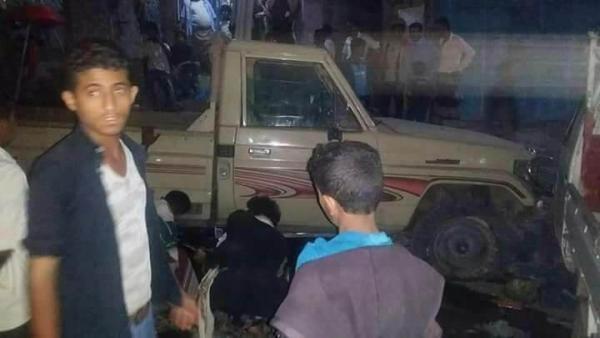 """مصدر لـ""""يمن شباب نت: إصابة مدنيَيّن اثنَين بانفجار عبوة ناسفة غرب مدينة تعز"""