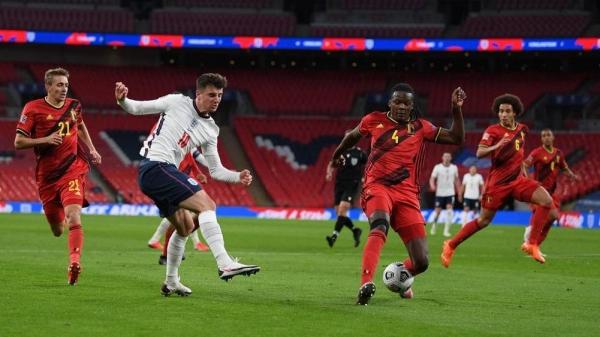 إنجلترا تثأر من بلجيكا وتنتزع الصدارة والبوسنة تتعادل مع هولندا