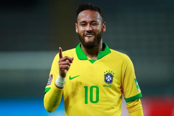 نيمار في طريقه ليصبح أيقونة لكرة القدم البرازيلية