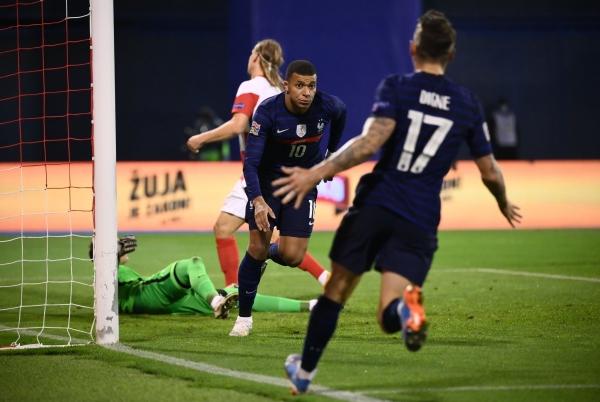 فرنسا تكرّر تفوّقها على كرواتيا وسقوط مفاجئ لإنجلترا أمام الدنمارك