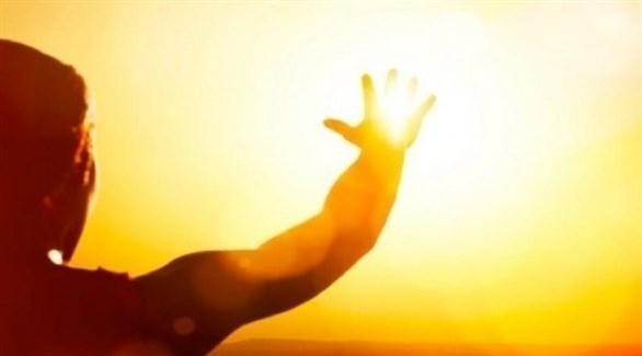 """دراسة تكشف دور فيتامين """"الشمس"""" في مواجهة كورونا"""