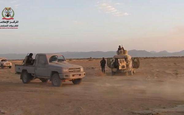 معارك عنيفة بين قوات الجيش والحوثيين شمال غرب مأرب
