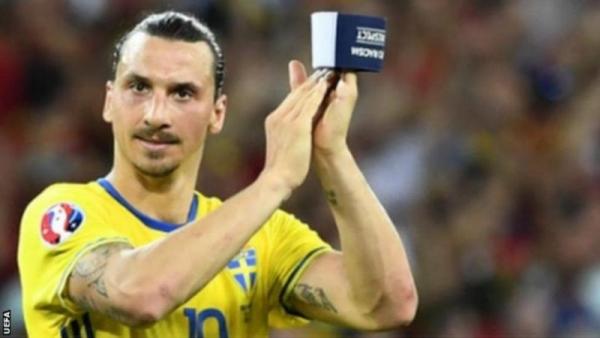 المنتخب السويدي يدعو إبراهيموفيتش للالتحاق بصفوفه مجدداً