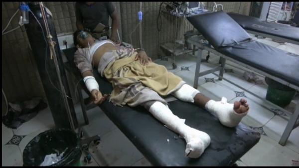الحديدة..مليشيا الحوثي تستهدف سوق شعبي بطائرة مسيّرة وسقوط 6 مدنيين بين قتيل وجريح