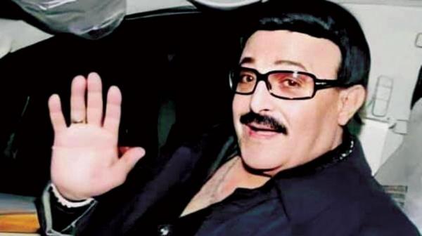 الموت يغيب «أيقونة الكوميديا» سمير غانم عن عمر 84 عاماً