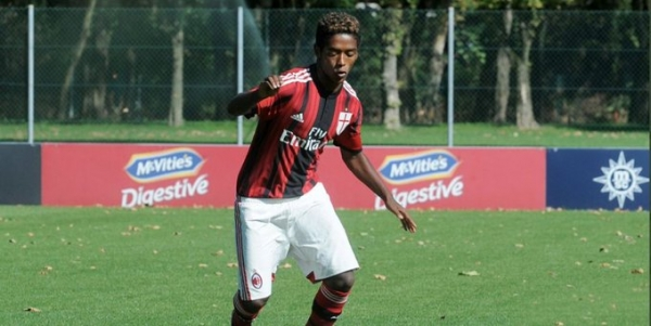 العنصرية تدفع لاعباً إثيوبياً سابقاً للانتحار داخل مسكنه بإيطاليا
