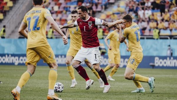 يورو 2020: النمسا تسطر تأهلاً تأريخيا إلى ثمن النهائي وهولندا تكتسح مقدونيا