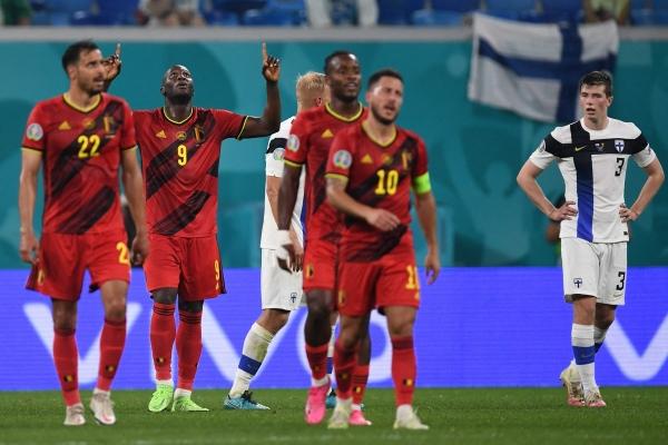 يورو 2020.. - الدنمارك تكتسح روسيا وتعبر إلى ثمن النهائي وبلجيكا تتأهل بالعلامة الكاملة