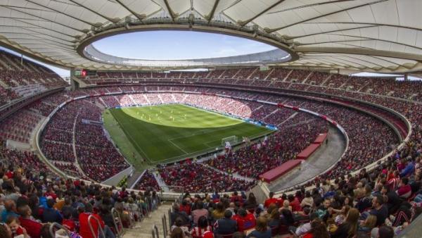الحكومة الإسبانية تسمح بعودة الجماهير في ملاعب كرة القدم