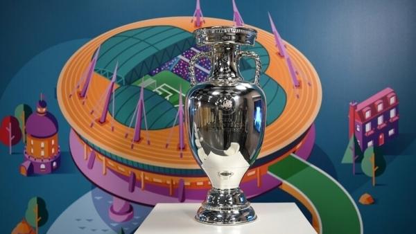 """كم تبلغ قيمة الجوائز المالية للمنتخبات المشاركة في بطولة """"يورو 2020""""؟"""