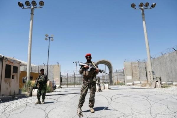 القوات الأمريكية تغادر أكبر قاعدة جوية في أفغانستان وتوقعات انتهاء الانسحاب الشهر القادم