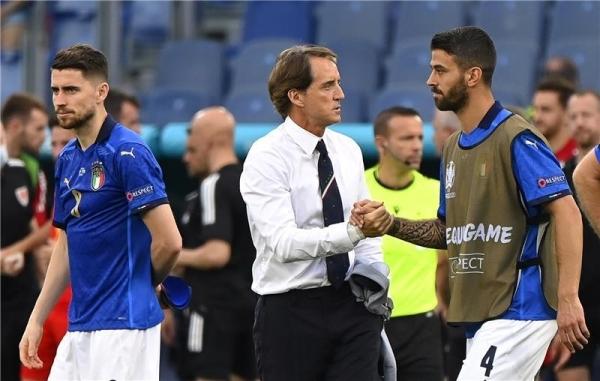 مانشيني يحذر إيطاليا من نشوة الانتصار قبل مواجهة إسبانيا بنصف نهائي أمم أوروبا