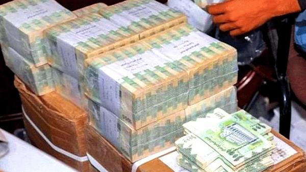 مصدر: مليشيا الحوثي تمنع التداول بالفئة النقدية الجديدة جنوب تعز