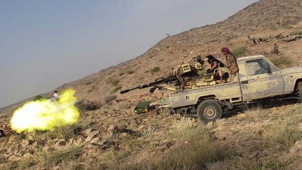 مأرب.. الجيش يتصدى لهجمات حوثية في عدة جبهات ومصرع وإصابة عشرات الحوثيين