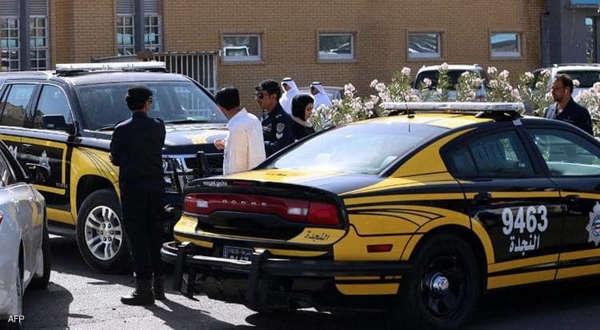 بعد شهرين من حبسها.. كويتي يقتل شقيقته بالسكين بعد استغاثتها بالشرطة