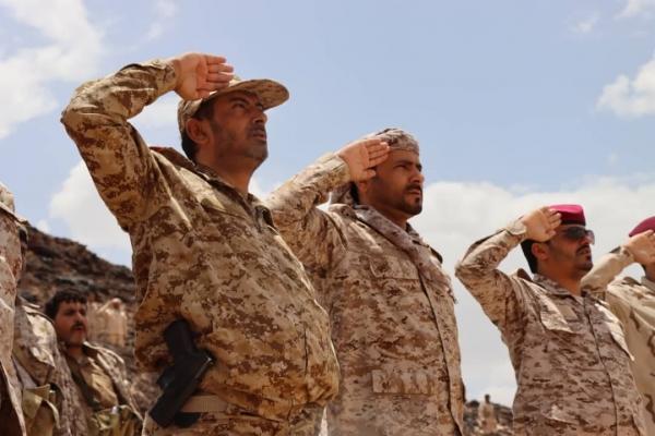 رئيس الأركان اليمني: معاناة شعبنا لن تطول أكثر والنصر آتٍ لا محالة