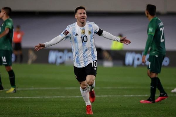 هاتريك ميسى يقود الأرجنتين للفوز على بوليفيا في التصفيات المؤهلة لكأس العالم