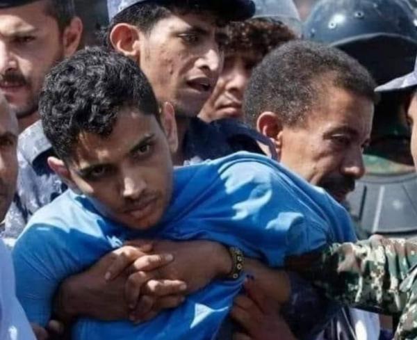 عذبوه بوحشية.. منظمة: الحوثيون رفضوا عرض القاصر الذي أعدموه على الطب الشرعي