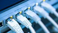 الحوثيون يعلنون خروج 65% من سعات الانترنت عن الخدمة