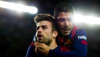 برشلونة سيطعن لإلغاء بطاقتي تحذير لسواريز وبيكي