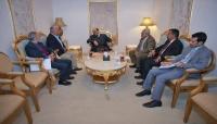 الفريق محسن يحث الأحزاب على توحيد صفوفها لمواجهة الانقلاب وقيادة الناصري سعيدة بلقائه